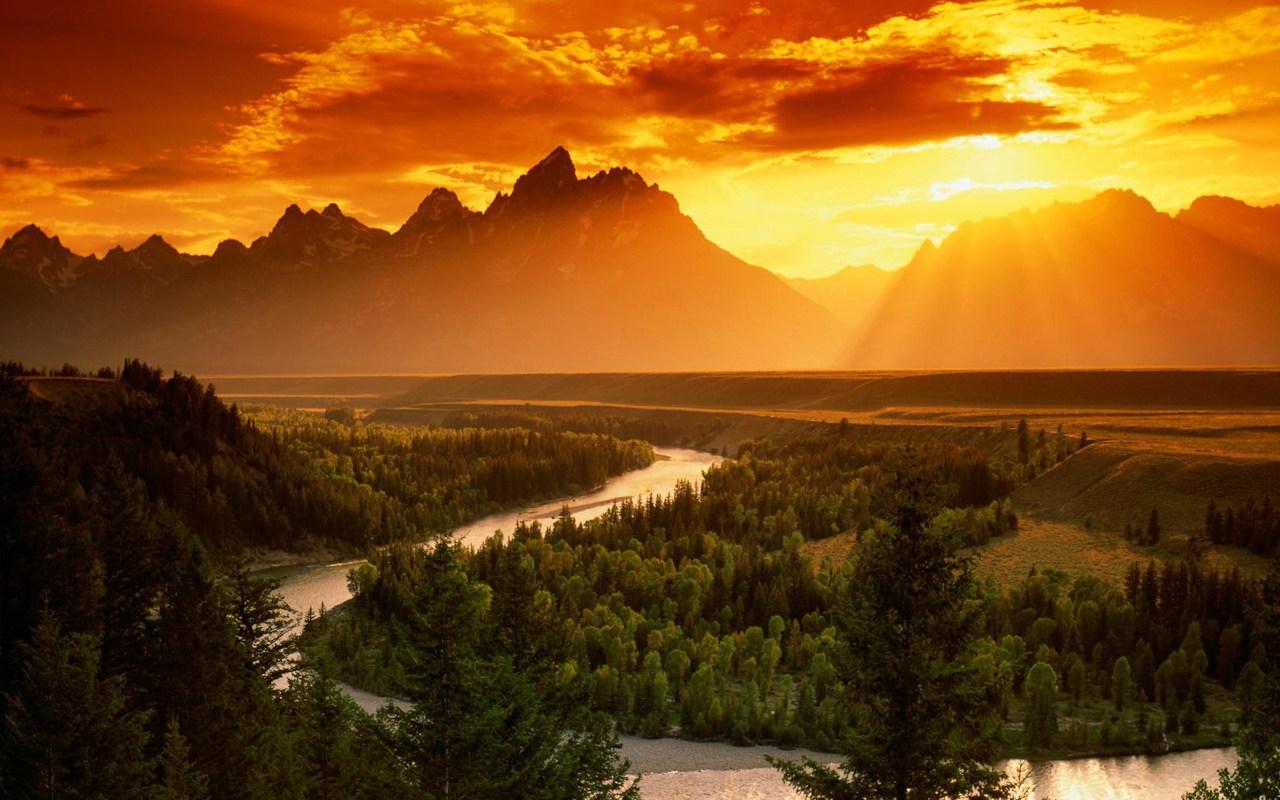Passeggiata e concerto al tramonto per il solstizio d'estate