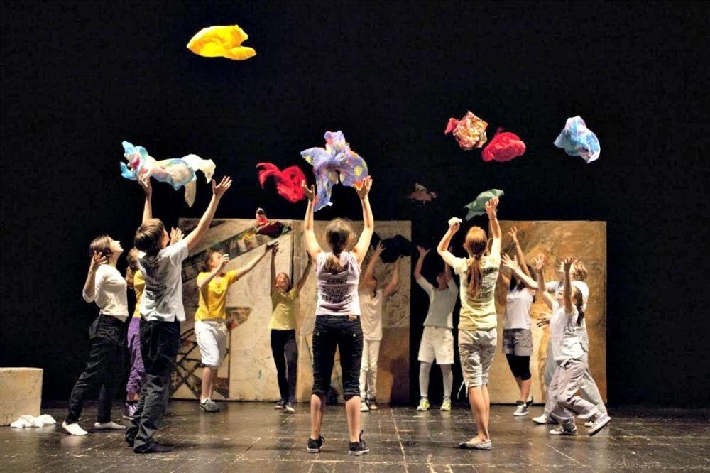 Teatro bimbi - L'Ufficio Incredibile e Cà Rossa in